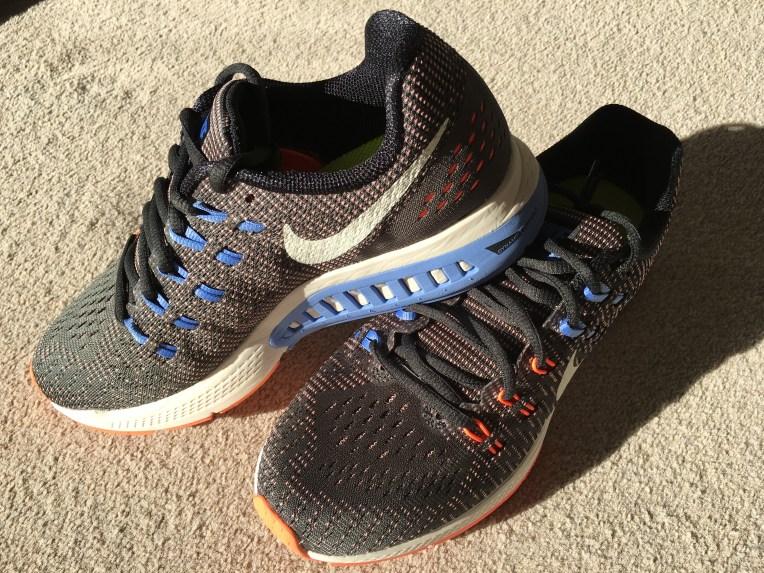 Aren't they pretty? Nike Zoom Structure 19 in Dark Grey/White/Orange