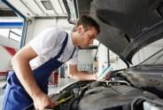 Jak wyczyścić silniczek krokowy w Hyundaiu?