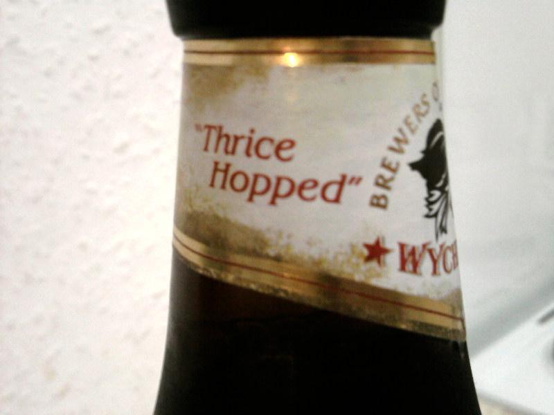 Wychwood Wychcraft Blonde Beer side of neck label