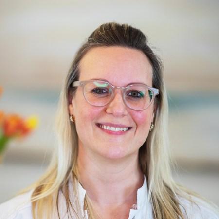 Dr. Felicitas Redhardt