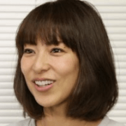 小泉里子が離婚でニューヨーク移住した理由や旦那の職業がヤバイ!?私服や髪型など人気の驚きの秘密とは!?
