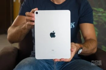Apple-iPad-Air-2020-Review003.jpg