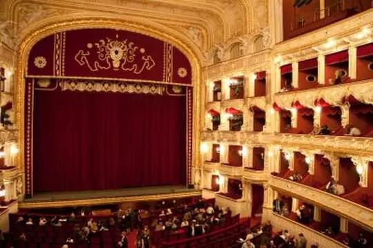 Le Théâtre Dans Le Théâtre : théâtre, Jacques-Antoine, Granjon, Investit, Théâtre, Paris