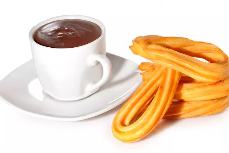 En Espagne churros et chocolat   Tour du monde des petits djeuners  Linternaute