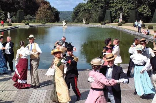Le Grand Bal 1900  Le chteau de Breteuil  Linternaute