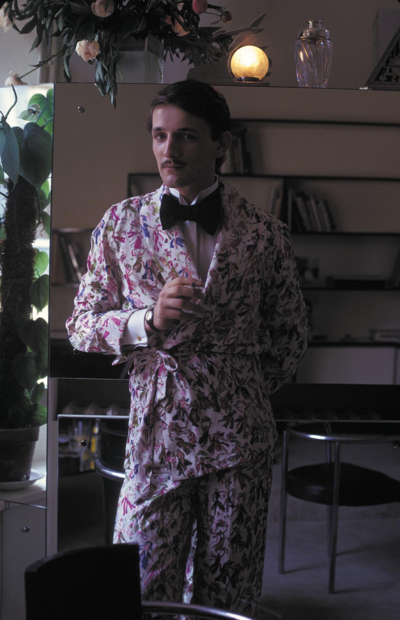 Jacques De Bascher Dandy De L'ombre : jacques, bascher, dandy, l'ombre, Scandalous, Story, Jacques, Bascher,, Lagerfeld's, Former, Boyfriend