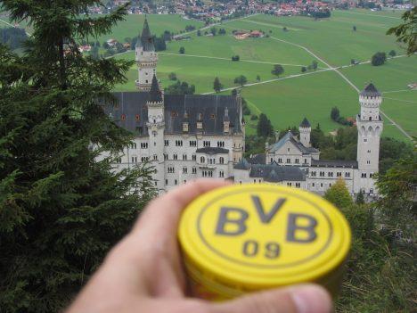 Germanys Stereotype Tourist Photos Neuschwanstein Castle near Füssen, Bavaria