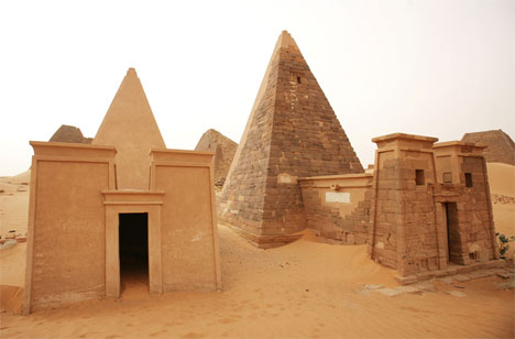 pyramids meroe sudan - an almost abandoned tourist site