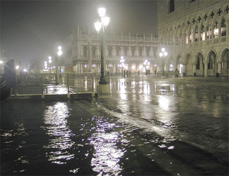 Venice on a Budget Venice flooded