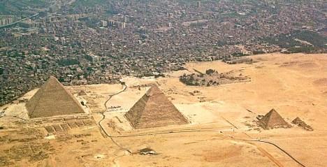 Disappointing travel destination Pyramids Giza