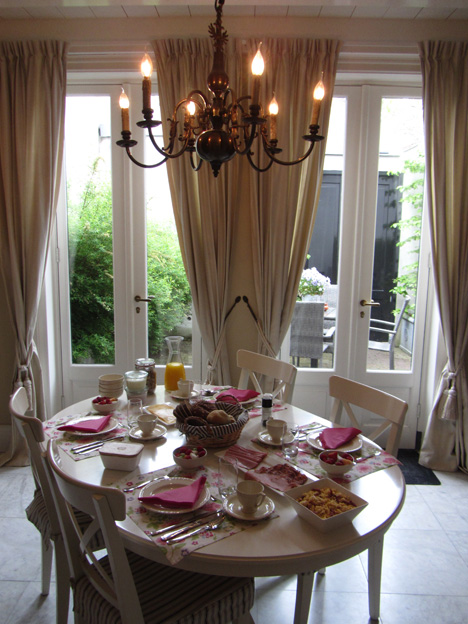 B&B Stadslogement Oudewater breakfast