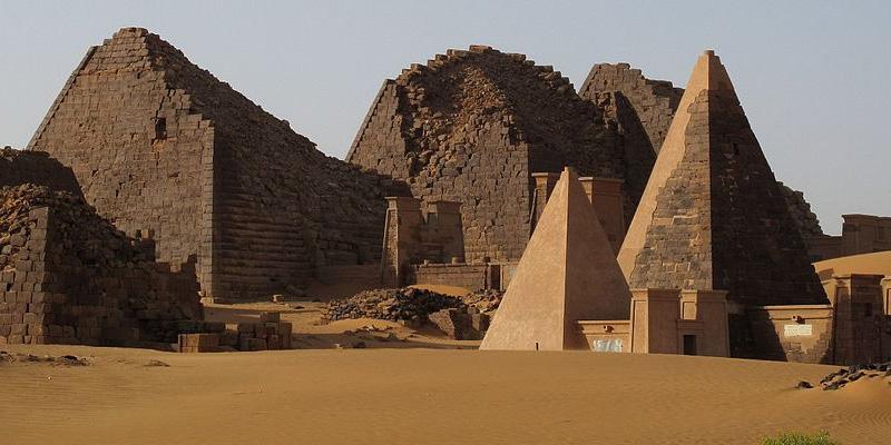 pyramids meroe sudan