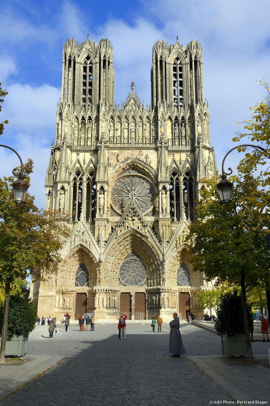 Histoire des cathédrales en France — Wikipédia
