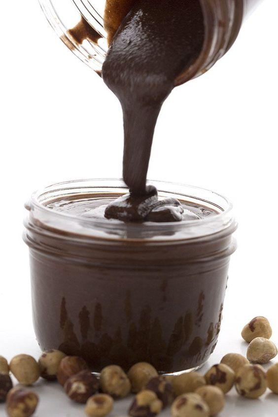 Easy low carb Chocolate Hazelnut Spread