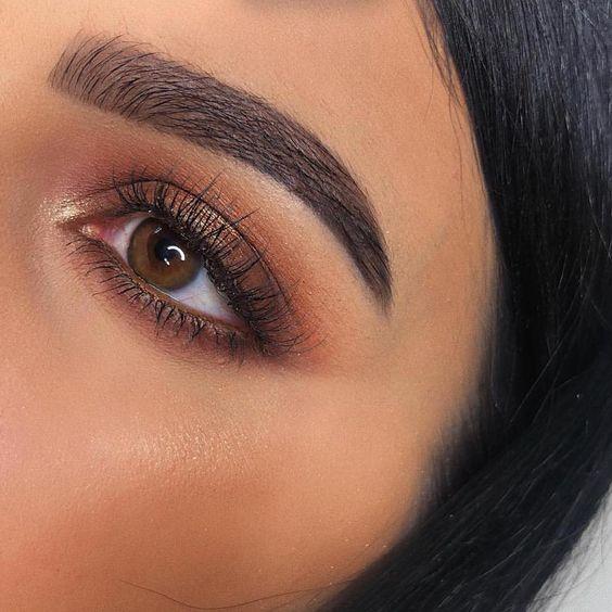 warm tones, brown eyes
