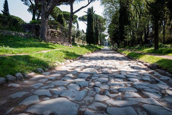 Аппиева дорога (лат. Via Appia) — самая значимая из античных общественных дорог Рима. Была построена по приказу цензора Аппия Цека в 312 г. до н.э. в дополнение к построенной ранее Латинской дороге, соединявшей Рим с колонией Кальви (лат. Calvi) близ Капуи.