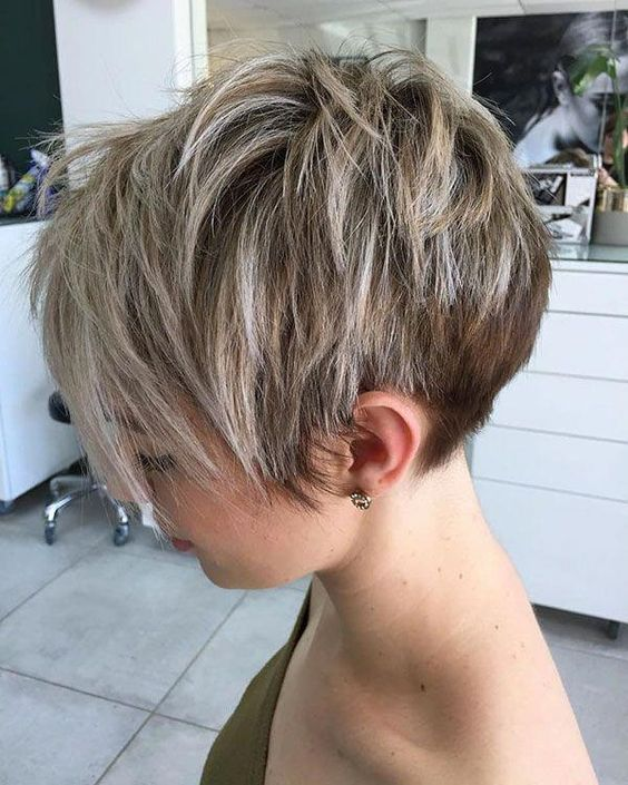 Blonde Layered Pixie Cut #shorthaircuts