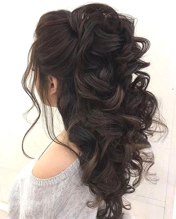 when i see all these half up half down wedding hairstyles it always makes me jealous i wish i could do something like that I absolutely love this half up half down wedding hair style so pretty! Perfect for wedding!!!!! #PromHairstyles