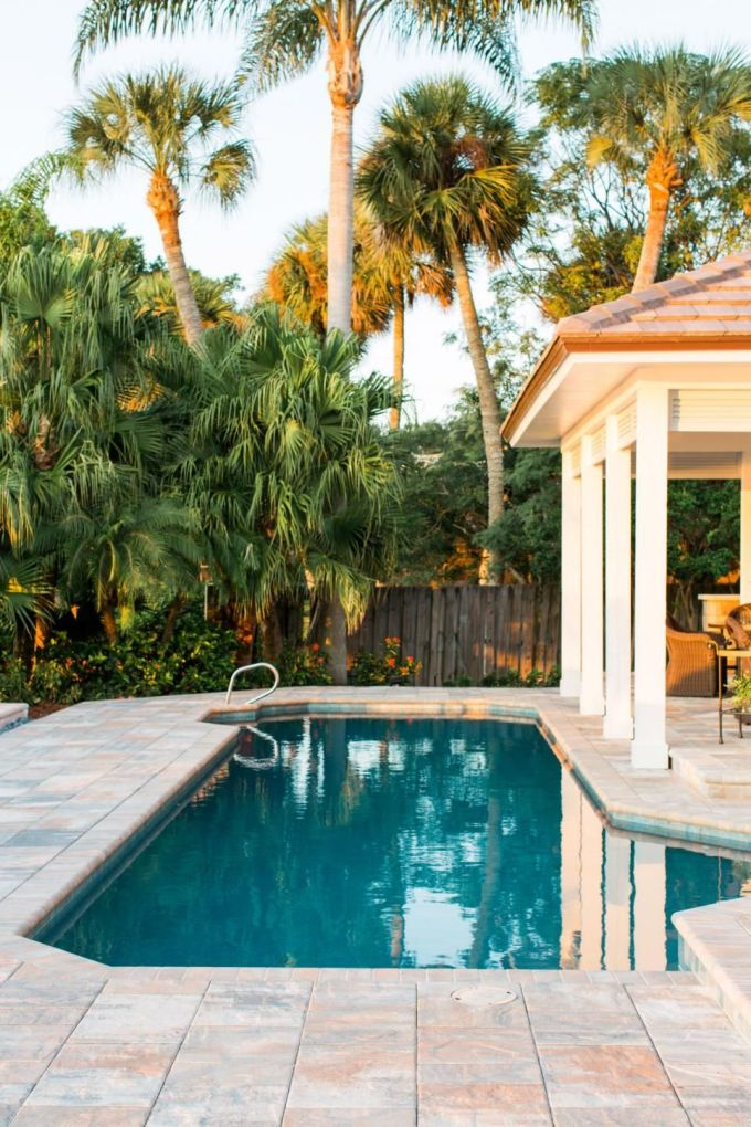Backyard Landscaping Ideas With Pool