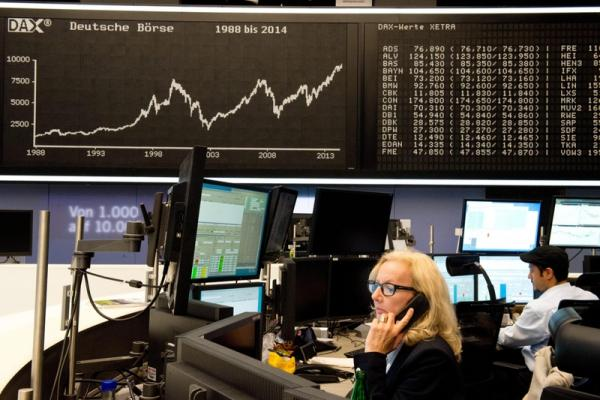 © Reuters. Germany stocks higher at close of trade; DAX up 0.38%