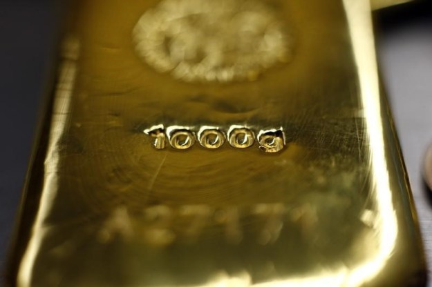 © Reuters. Gold prices were down on Friday.