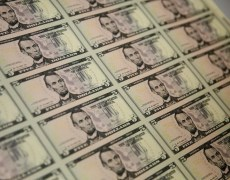 U.S. Dollar Flat After Trump Whistleblower Report By Investing.com