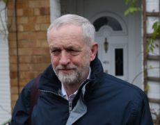 Corbyn Energizes Labour, Scares Markets With Free Broadband Plan By Bloomberg