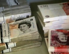 Pound Falls on Brexit Budget Report; Turkish Lira Recovers By Investing.com