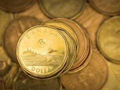 USD/CAD Nears 1-Month Low Despite Pressure on Loonie From Oil Retreat By Investing.com