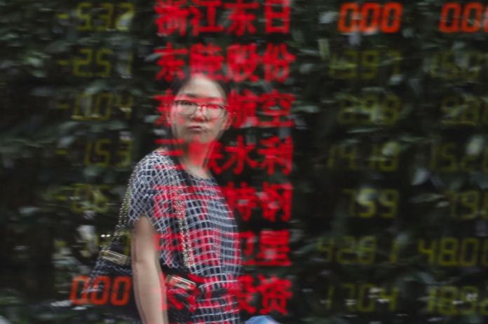 © Reuters. China stocks higher at close of trade; Shanghai Composite up 0.91%