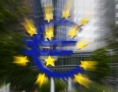 Euro-Area Officials Join Draghi in Call for Looser Purse Strings By Bloomberg