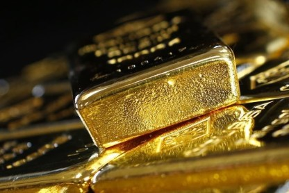 © Reuters. Gold was higher on Friday amid geopolitical tensions.