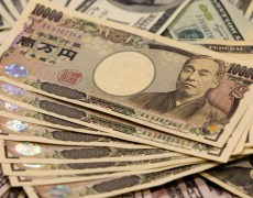 Dollar Remains Under Pressure Against Yen By Investing.com