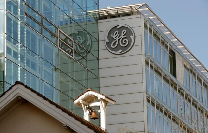© Reuters. Logo of General Electric is seen in Baden