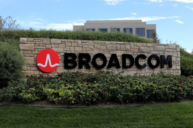 © Reuters. FILE PHOTO: A sign to the campus offices of chip maker Broadcom Ltd, is shown in Irvine, California