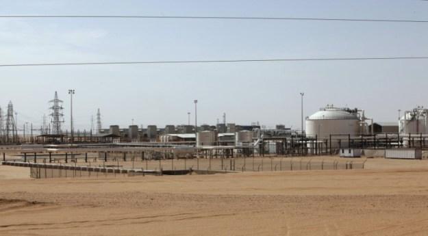 © Reuters. A general view shows Libya's El Sharara oilfield