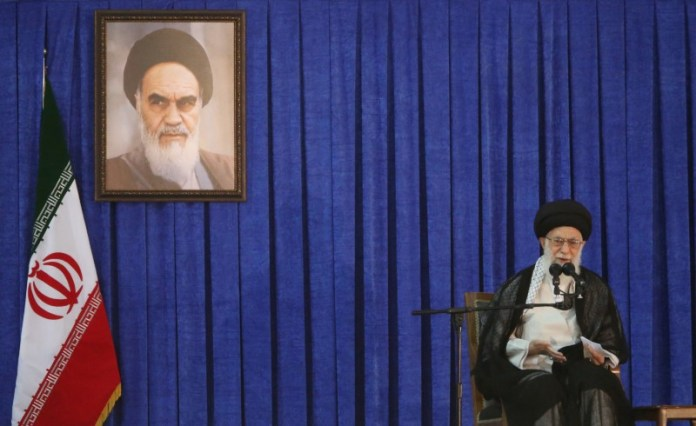 © Reuters. Iran's Supreme Leader Ayatollah Ali Khamenei delivers a speech during a ceremony marking the death anniversary of the founder of the Islamic Republic Ayatollah Ruhollah Khomeini, in Tehran