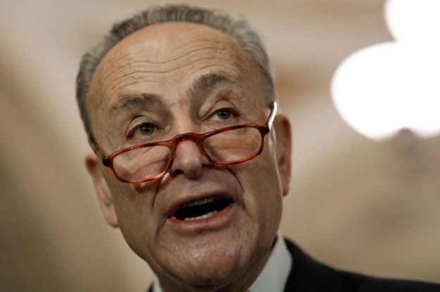© Reuters. Senate Minority Leader Chuck Schumer speaks with reporters following leadership elections at the U.S. Capitol