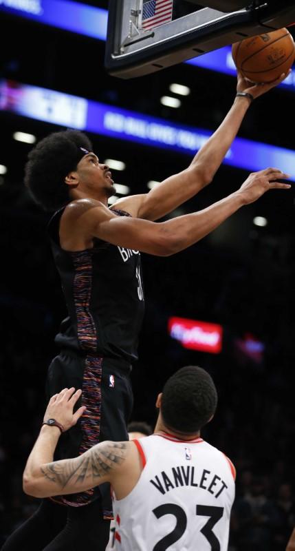 © Reuters. NBA: Toronto Raptors at Brooklyn Nets