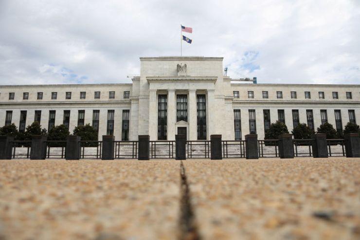 © Reuters. FOTO DE ARCHIVO: El edificio de la Reserva Federal se representa en Washington, DC