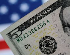 Dollar buoyed by caution as trade deal optimism wanes By Reuters