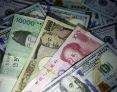 Yuan, Aussie on tenterhooks ahead of China market re-opening By Reuters