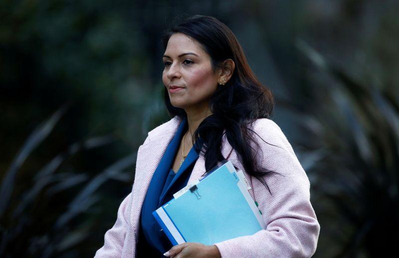 © Reuters. Il ministro degli Interni britannico Priti Patel a Londra