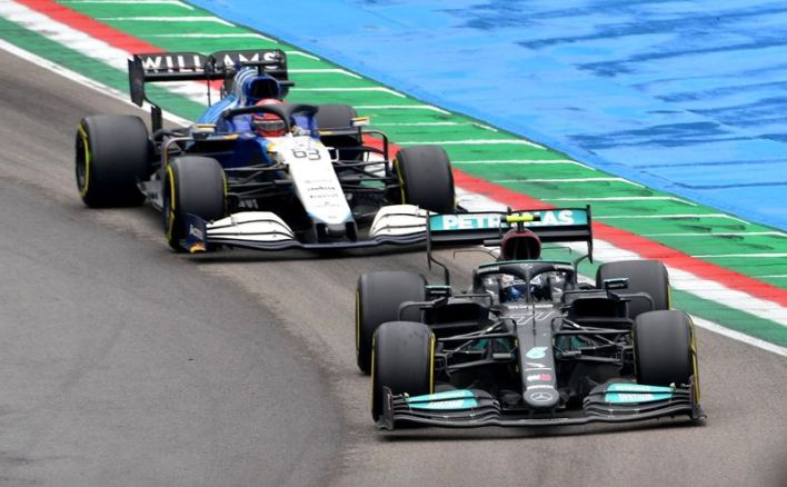 Motor racing-Collision could affect Mercedes upgrade plans, warns Wolff