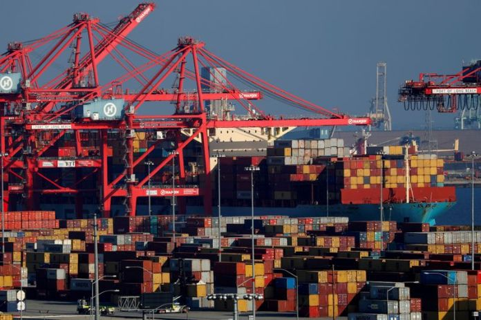 U.S. trade deficit rises to a record high in March