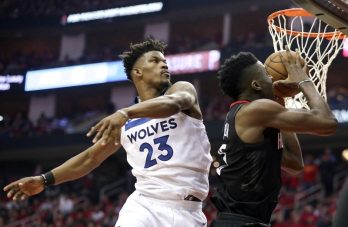 © Reuters. NBA: Playoffs-Minnesota Timberwolves at Houston Rockets