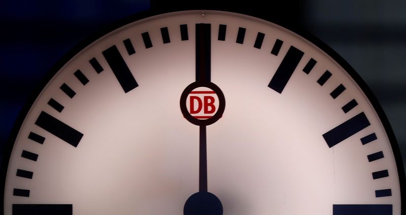 © Reuters. FILE PHOTO: The logo of German railway Deutsche Bahn is seen in a watch at the main train station in Frankfurt
