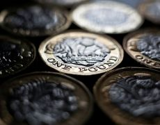 Pound at 5-1/2-month low as Johnson leads, Aussie vulnerable By Reuters