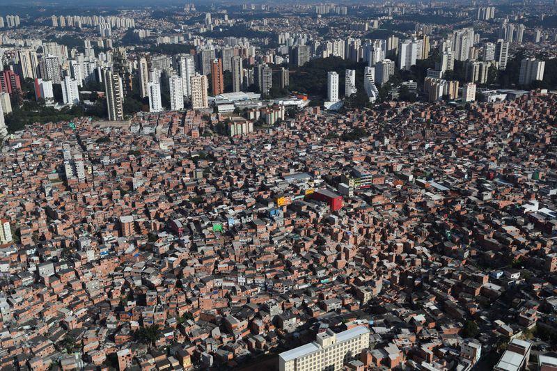 Favelas, the next frontier of Americanas e-commerce