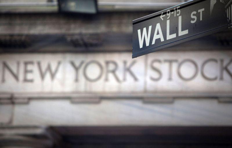 Investors eye high-dividend stocks as Treasury yields languish
